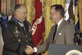 Norman Schwarzkop, George H. Bush