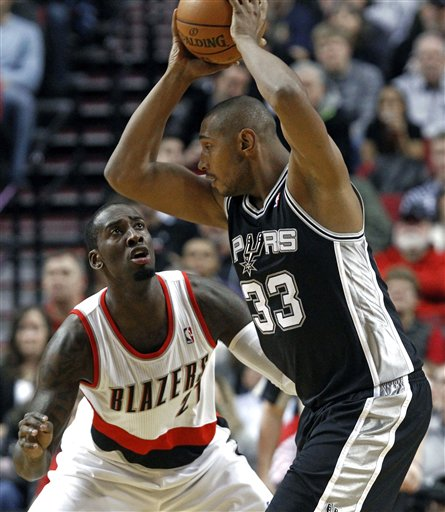 J.J. Hickson, Boris Diaw