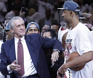 Pat Riley, Juwan Howard