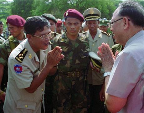 Hun Sen, Ieng Sary