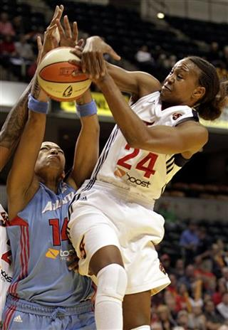 Tamika Catchings,  Erika de Souza