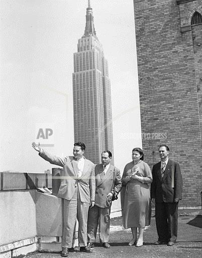 Associated Press Domestic News New York United States RUSSIAN TOURISTS IN NEW YORK