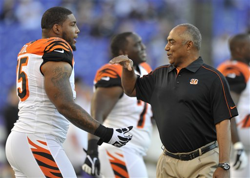 Marvin Lewis, Devon Still
