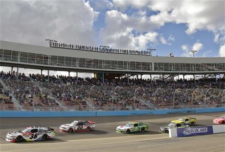 NASCAR Phoenix Nationwide Auto Racing