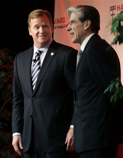 Roger Goodell, Julio Frenk