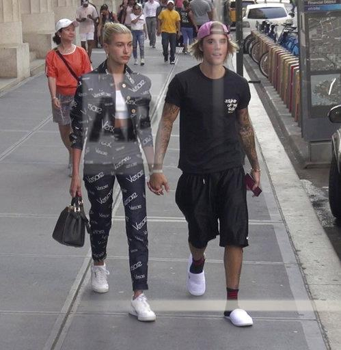 Hailey Baldwin and Justin Bieber Announce Engagement