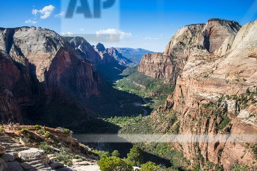 USA, Utah, Overlook over the Zion National Park from Angels landing