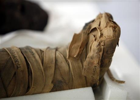 Conserving Mummies