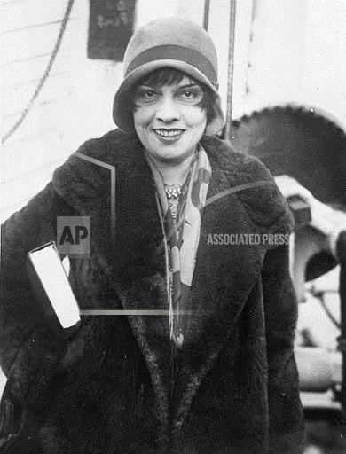 Associated Press Domestic News At Sea Entertainment, celebrities ANITA LOOS