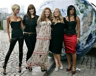 Victoria Beckham, Melanie Chisholm, Geri Halliwell, Emma Bunton, Melanie Brown