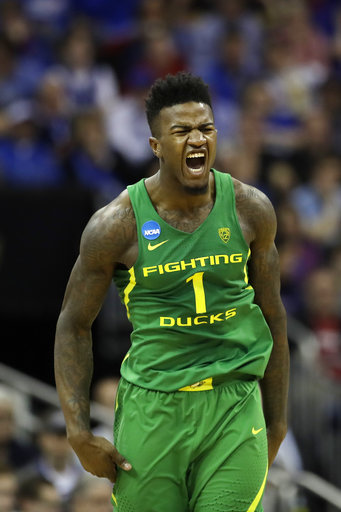 Jordan Bell latest Oregon player to declare for draft