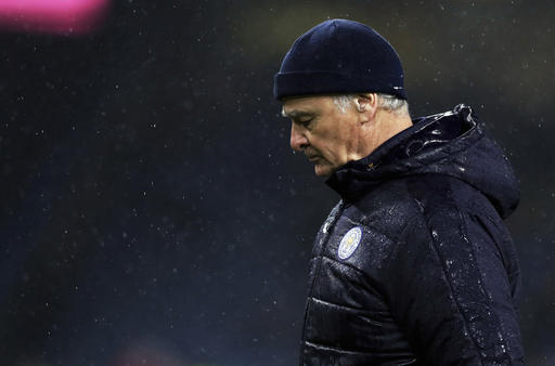 Leicester offers 'unwavering support' for manager Ranieri