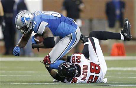 Calvin Johnson, Thomas DeCoud