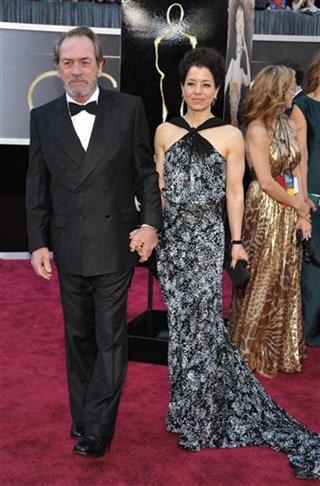 Tommy Lee Jones;Dawn Jones