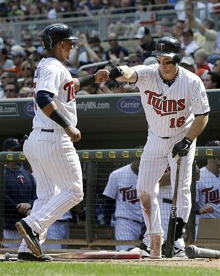 Josh Willingham, Eduardo Escobar
