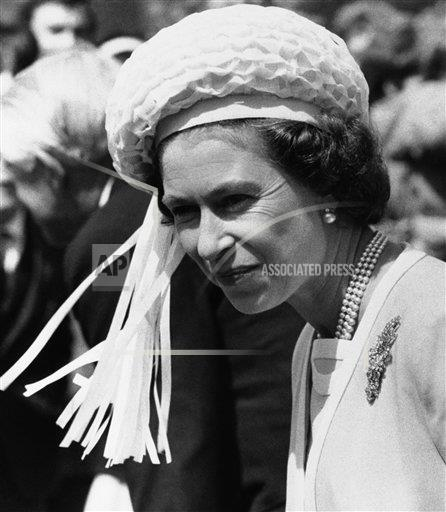 Watchf Associated Press International News   ENGLAND APHS225719 Queen Elizabeth II