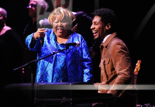 Mavis Staples Performs at the Apollo Theater