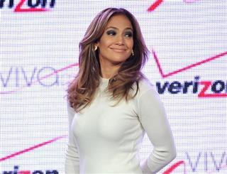 Verizon Wireless Press Conference Announces Viva Movil By Jennifer Lopez