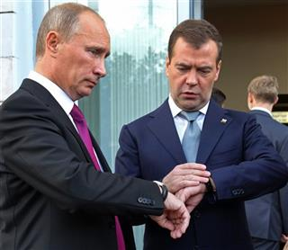 Vladimir Putin, Dmitry Medvedev