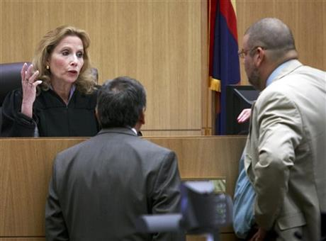 Prosecution rests in high-profile Ariz murder case