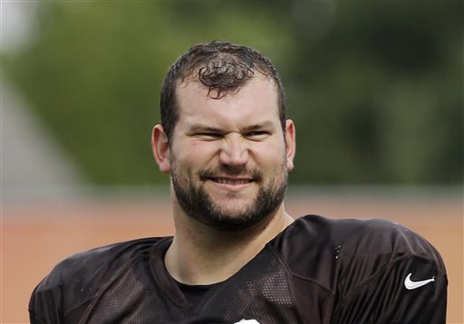 Browns left tackle Joe Thomas to appear on 'Celebrity Family Feud'