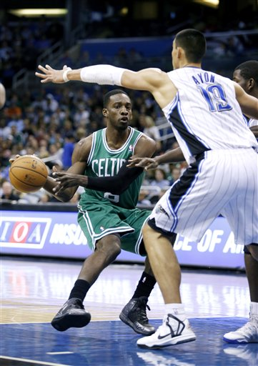 Jeff Green, Gustavo Ayon