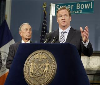 Michael Bloomberg, Roger Goodell