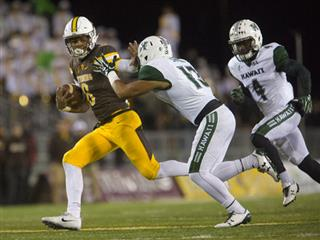 Hawaii Wyoming Football