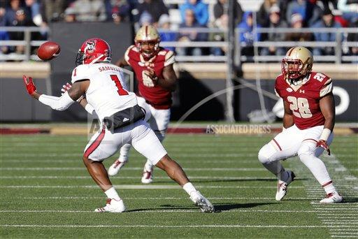 SPWIRE AP S FBC MA United States 284725 COLLEGE FOOTBALL: NOV 11 NC State at Boston College