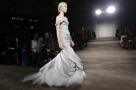 Fashion Marchesa Fall 2013