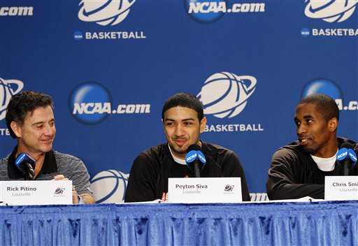 Rick Pitino, Peyton Siva, Chris Smith