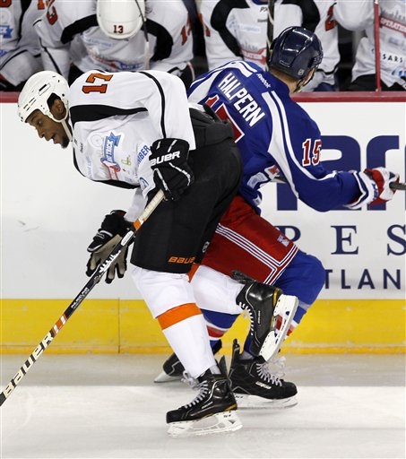Wayne Simmonds, Jeff Halpern
