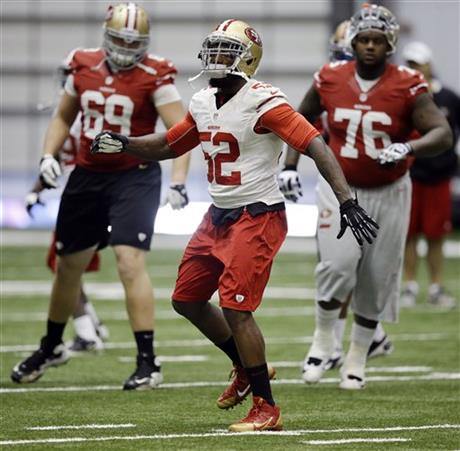 Patrick Willis, Anthony Davis, Kenny Wiggins