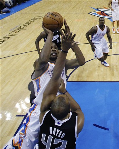 Kevin Durant, Chuck Hayes