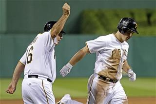 Travis Snider, Nick Leyva