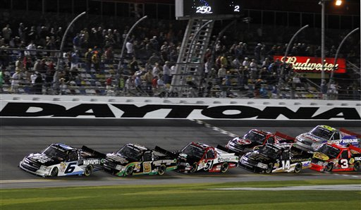 Justin Lofton, Ron Hornaday Jr., Kyle Busch, Brennan Newberry, Ty Dillon, James Buescher, Miguel Paludo