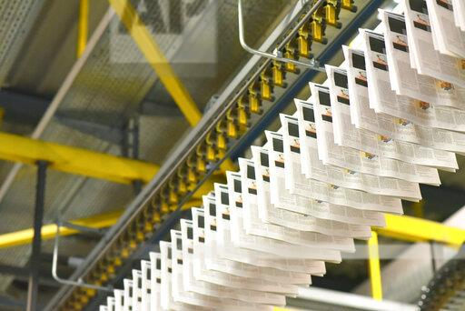 Machines for transport, conveyor belt in a printing shop