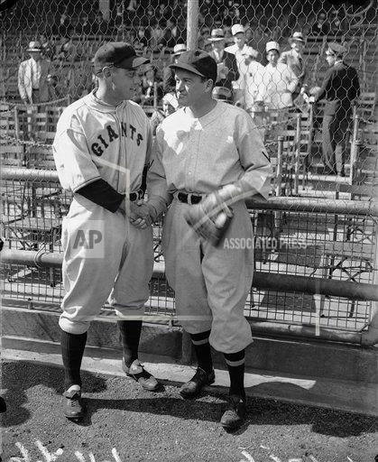 Watchf AP S BBO NY USA APHS291181 1933 World Series Terry and Cronin