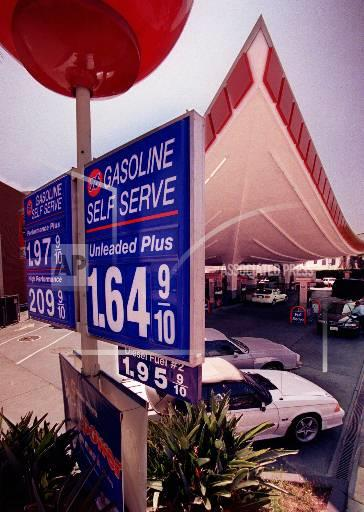 Associated Press Domestic News California United States West GAS PRICES WEST