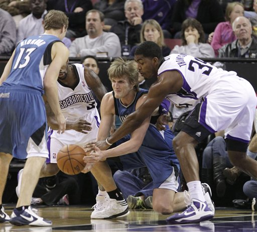 Aaron Brooks, Andrei Kirilenko, Jason Thompson