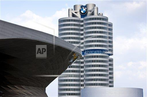 Creative Robert Harding Productions /AP Images A  Bavaria Germany 1161-5755 Modern architecture at the BMW Headquarters office blocks, showroom, museum and customer collection centre in Munich, Bavaria, G
