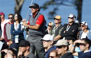 Phil Mickelson tees off on the 2nd hole of Torrey Pines south during the first round of the Farmers Insurance Open.