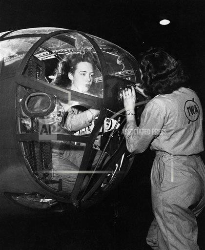 Watchf AP A  MO USA APHS394716 WWII US Women