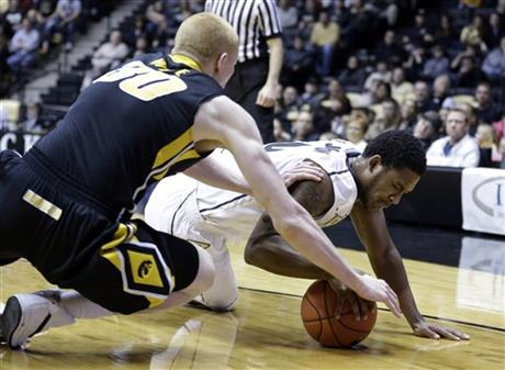 Terone Johnson, Aaron White