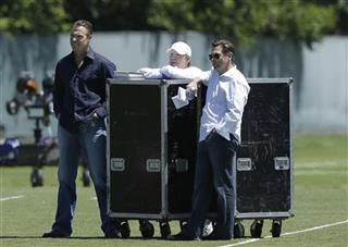 Mark Davis, Bill Romanowski, Greg Papa