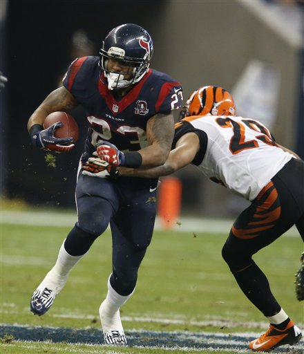 Arian Foster, Leon Hall