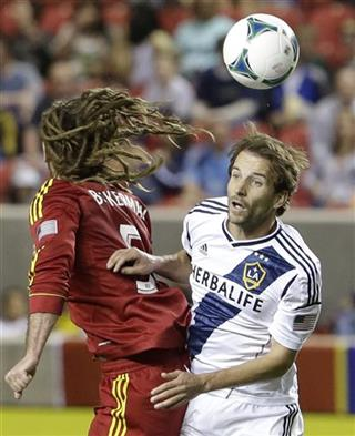 Mike Magee, Kyle Beckerman