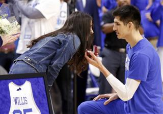 Derek Willis, Keely Potts