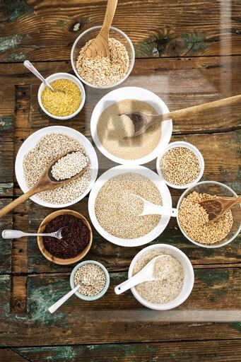 Cereal mix: red rice, barley, amaranth, quinoa, rice, bulgur, spelt, oats and buckwheat