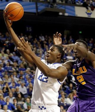 Alex Poythress, Johnny O&#039;Bryant III